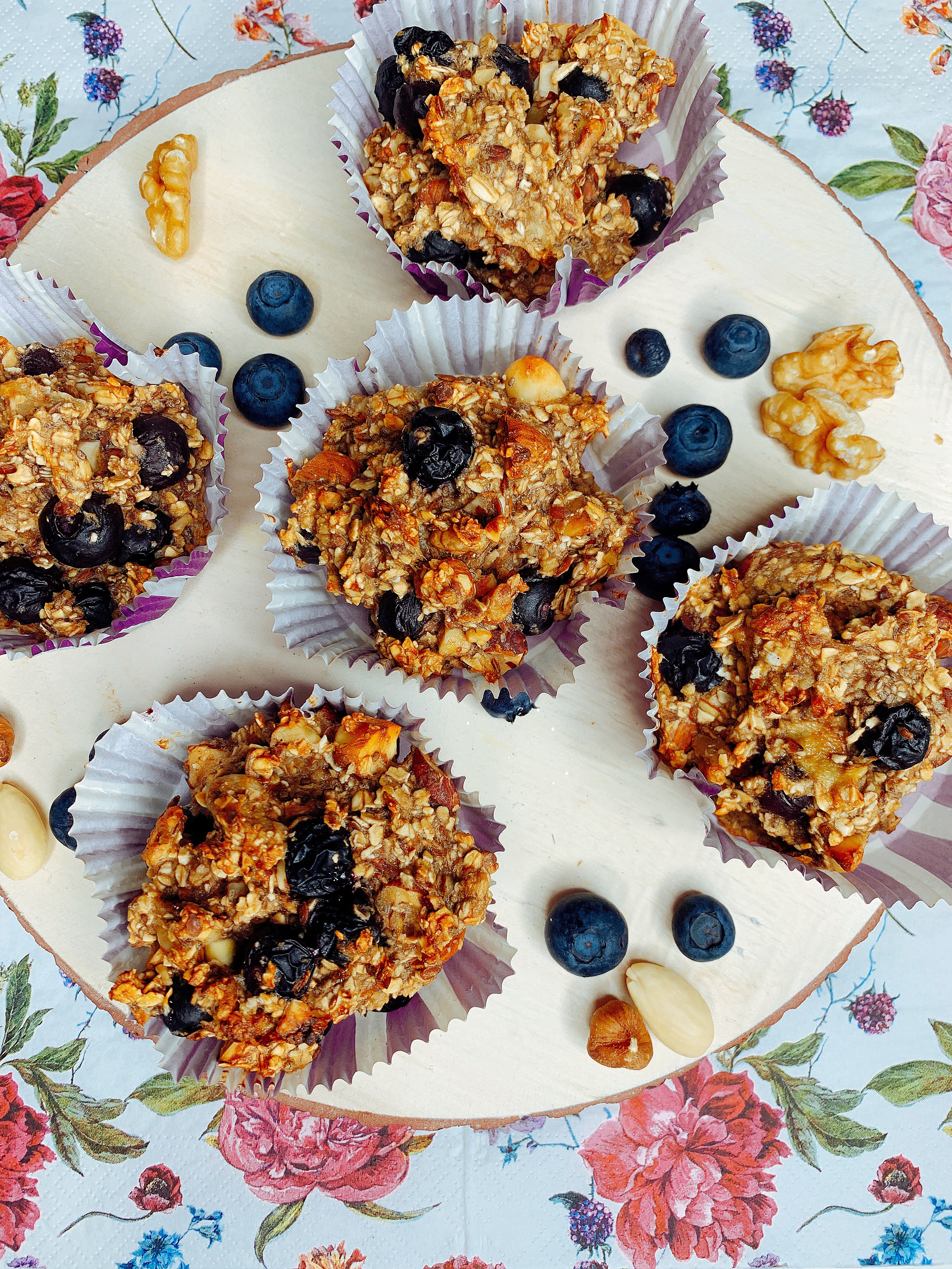 Frühstücksmuffins mit Blaubeeren, vegan – glutenfrei – zuckerfrei