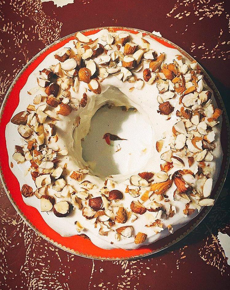Möhrenkuchen mit Frischkäsetopping
