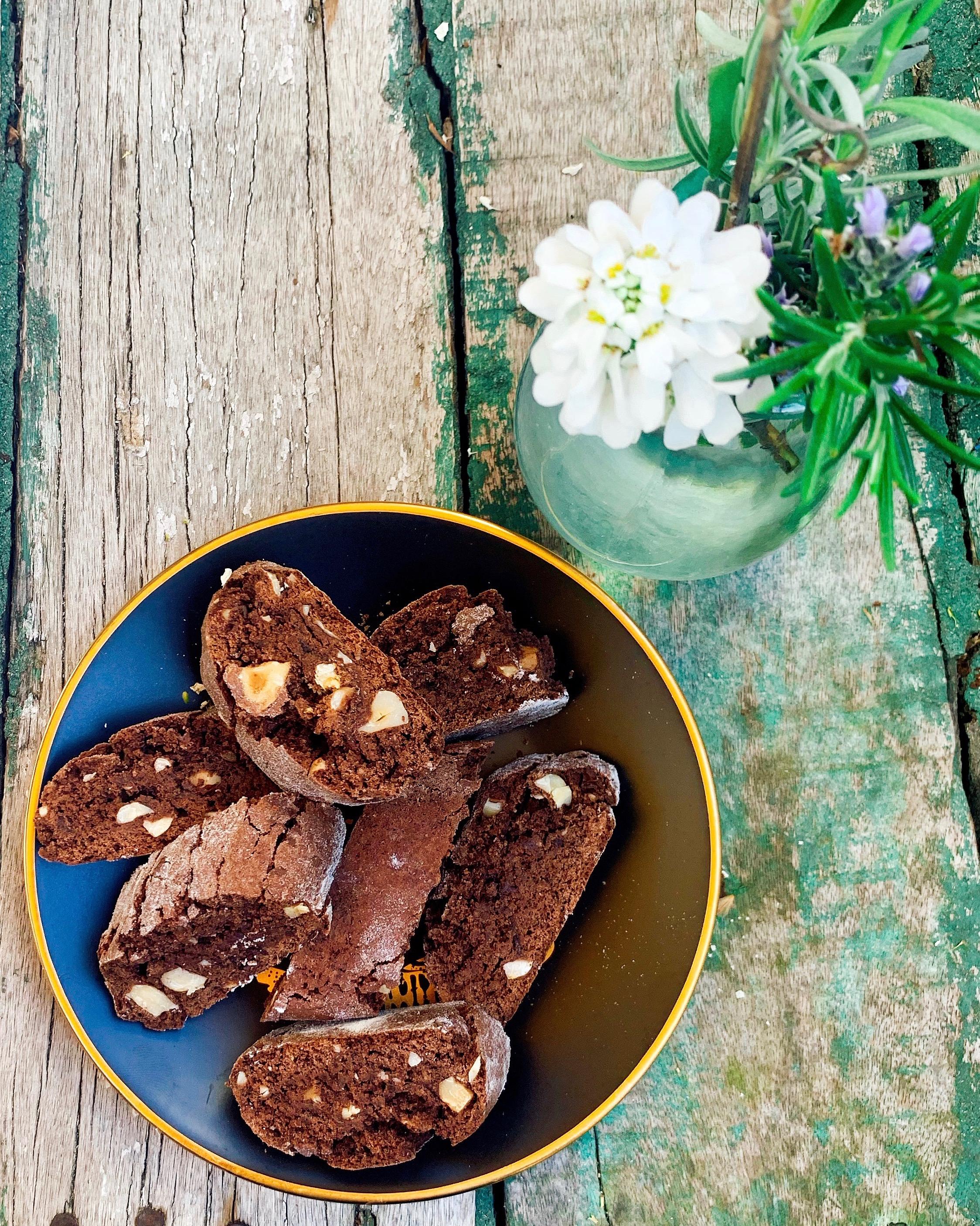 Schokoladen-Cantuccini mit Schwarzem Gold