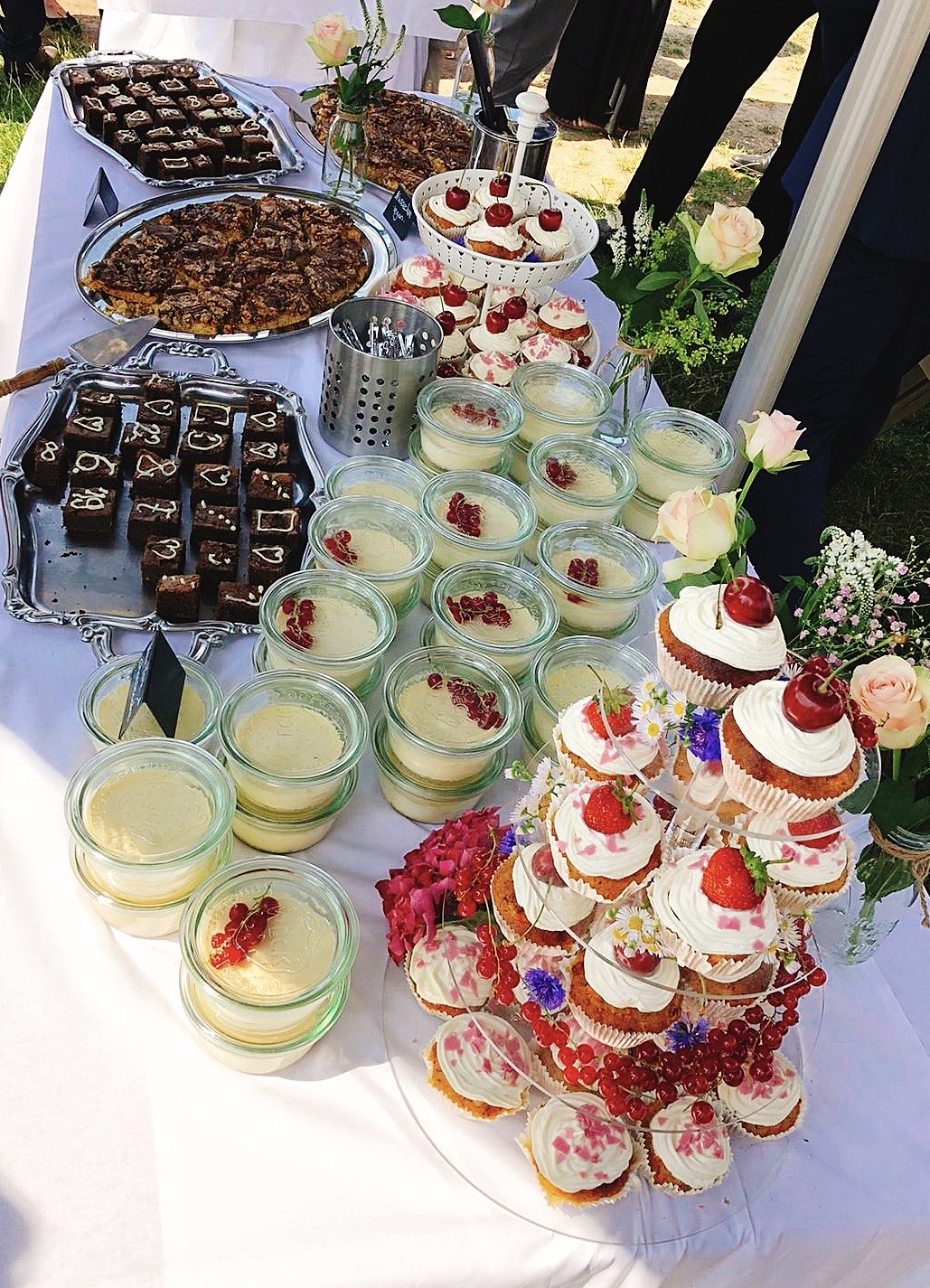 Catering: Kuchen und Fingerfood